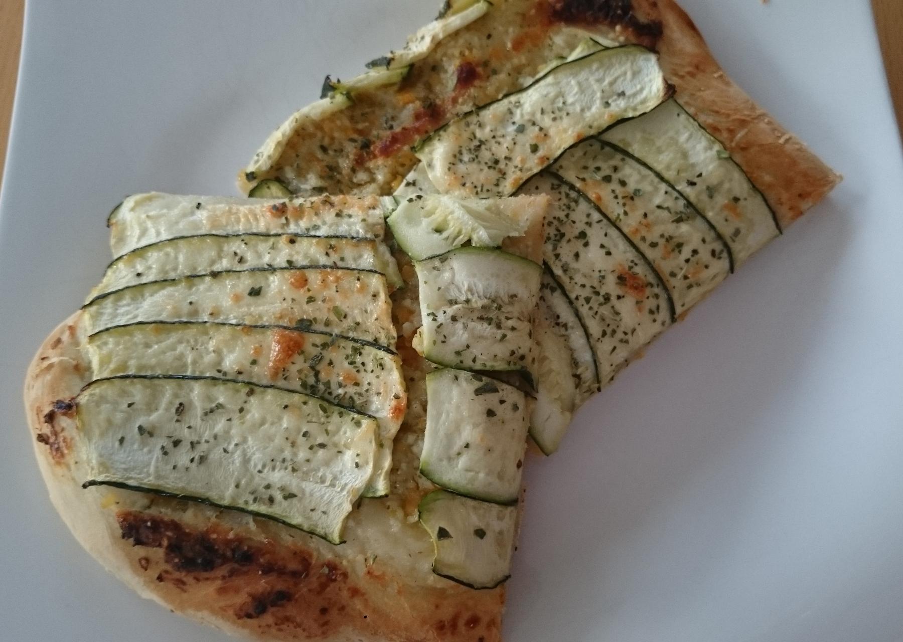 Zucchini-Pizza (vegetarisch)