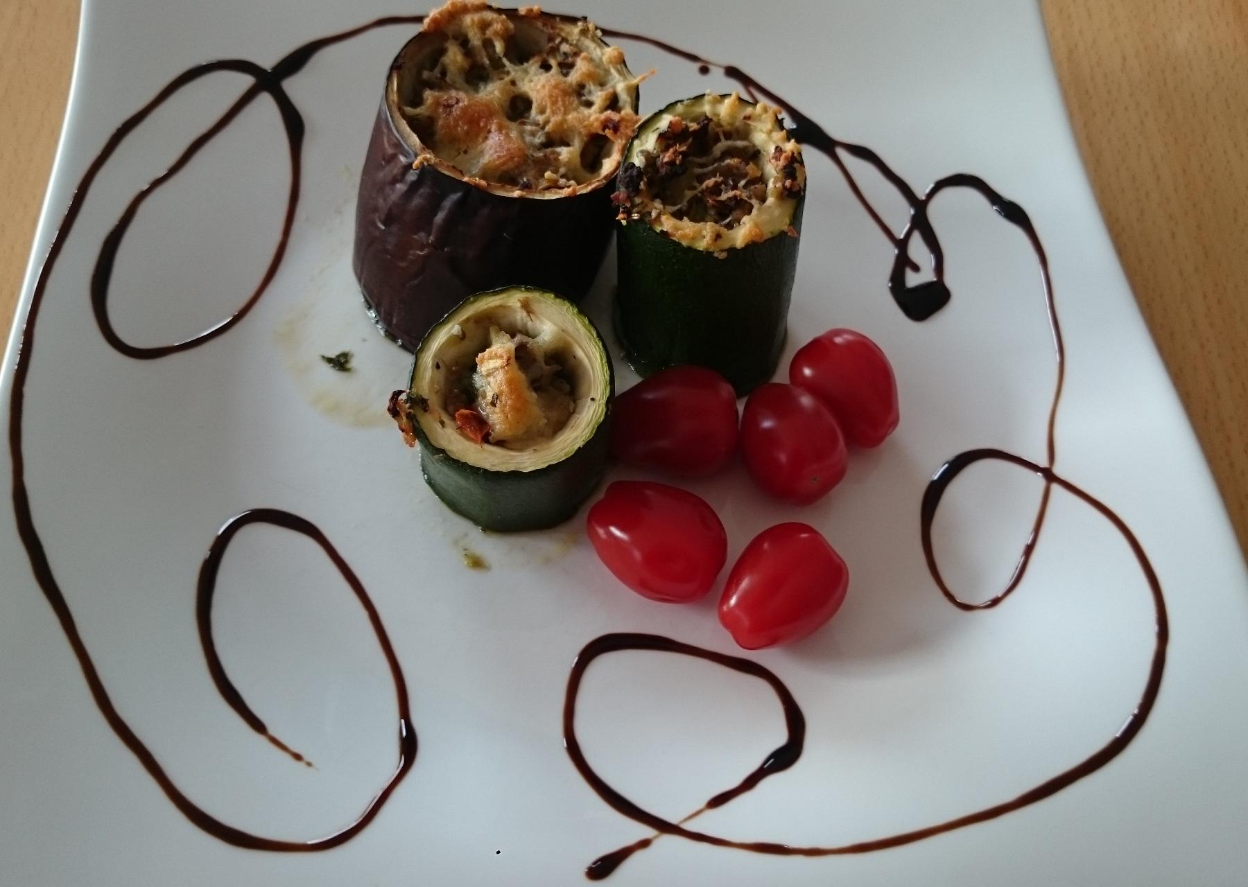 Tierisch gefülltes Gemüse (geht natürlich auch vegetarisch)