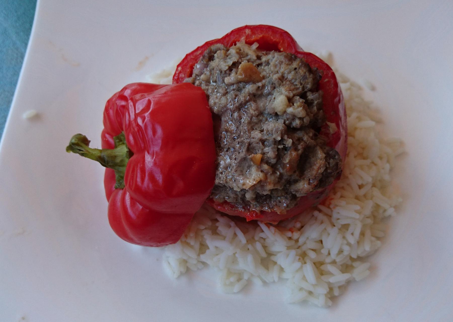 Zweierlei gefüllte Paprika aus dem Zaubermeister