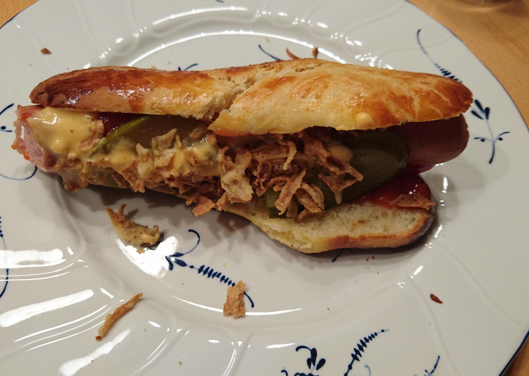Hot Dog Brötchen (Rolls) vom Zauberstein