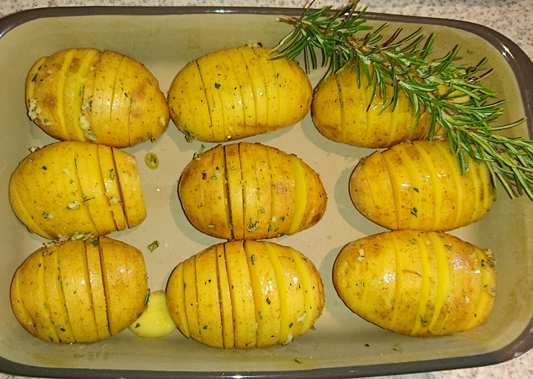 Hasselback Potatis – schwedische Fächerkartoffeln