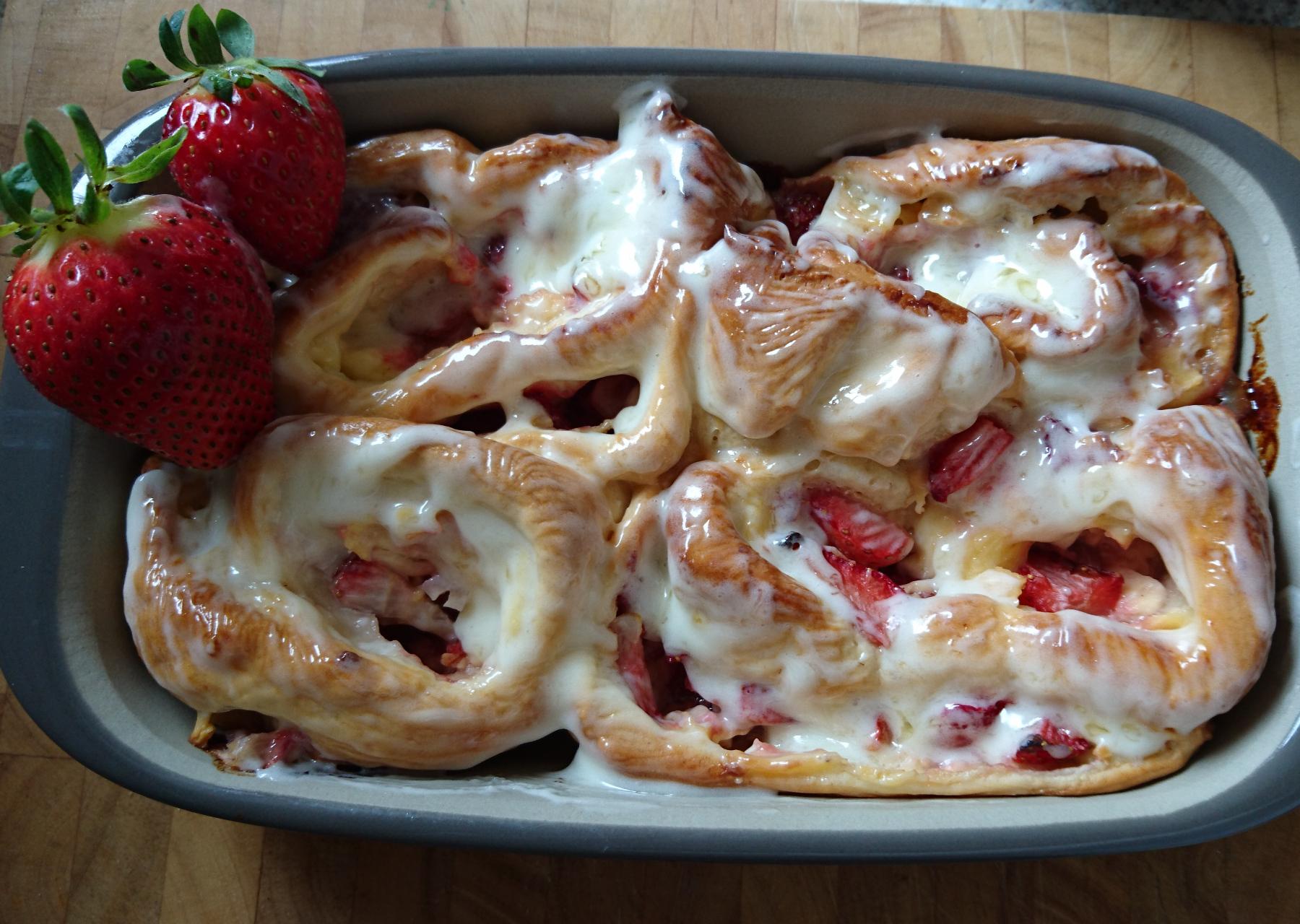 Erdbeer-Pudding Schneckchen