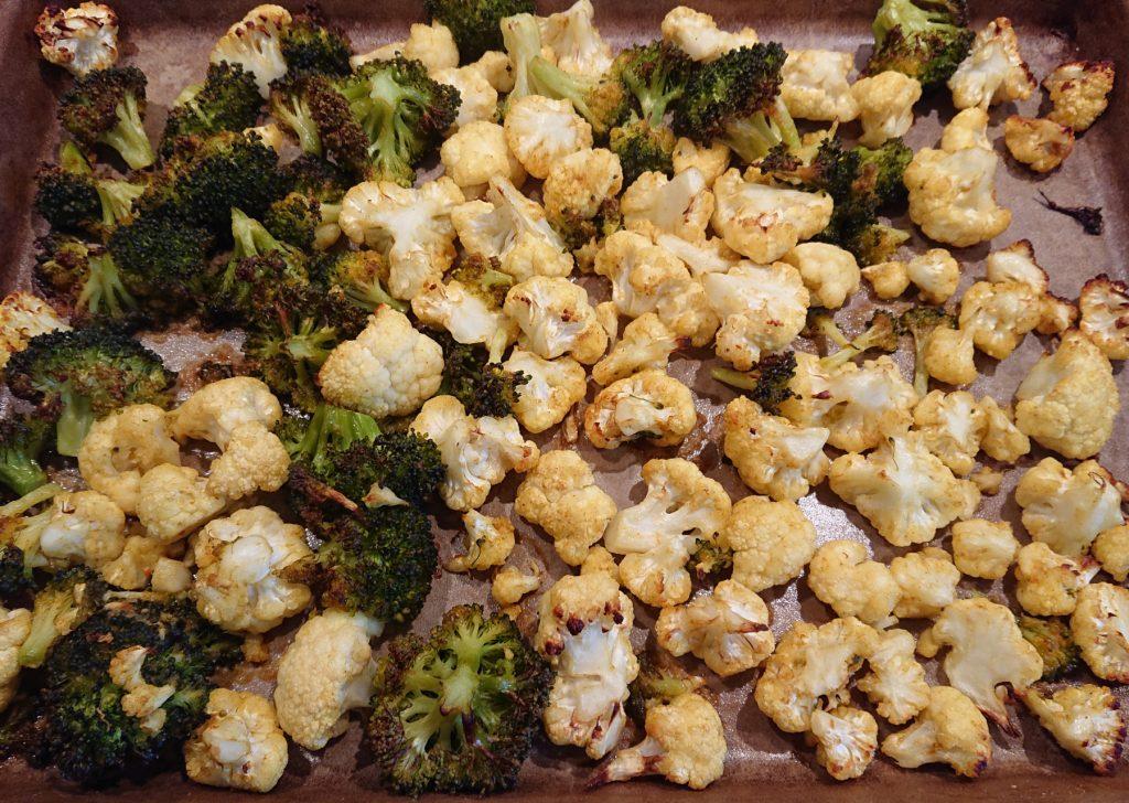 Salat Marrakesch- Blumenkohl und Brokkoli auf dem Zauberstein