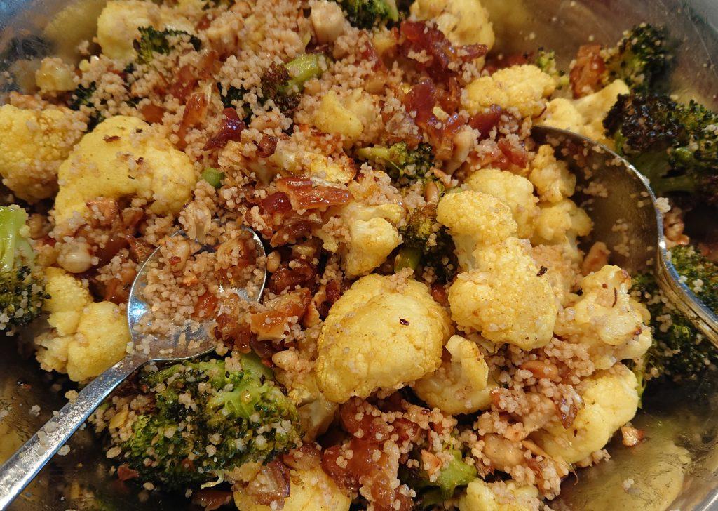 Salat Marrakesch - Brokkoliröschen und Blumenkohlröschen mit Couscous